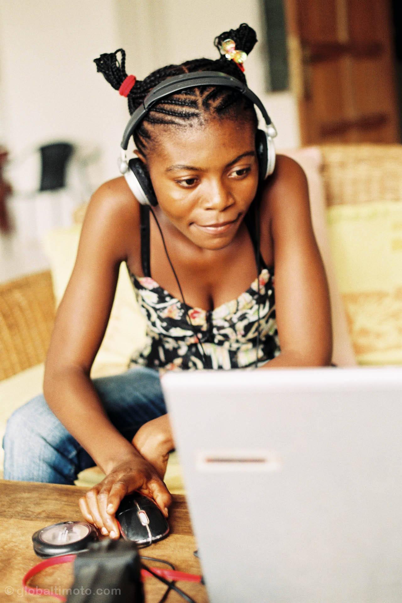 Girl, Audio, Audio equipment